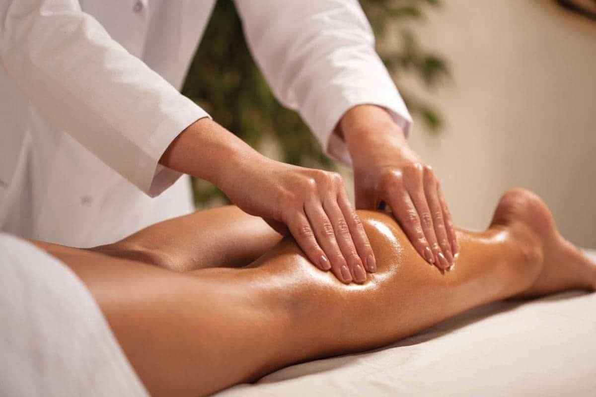 Ручной лимфодренажный массаж ног при лимфостазе